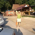 Front parking lot at Woodyard BBQ