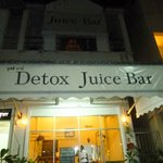 The front of Detox Juice Bar