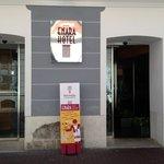 Entrada Hotel por Montero Calvo