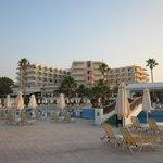 hotellet taget från stranden