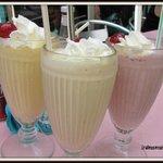 milk shake : beurre de cacahuète - passion - fruits rouges