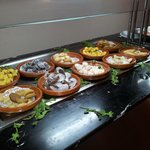 Buffet marocain avec ses pâtisseries