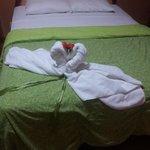 Cama matrimonial del hotel