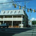 The Inn Boonesboro from the street