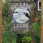 Welcome to Hay Lake Lodge and Cottages