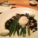 Asparagus with a perfect poached egg