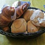 Breakfast bread basket