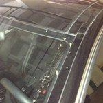Estado do carro depois de deixar na mão dos manobristas do restaurante O Pote....