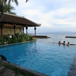 Swimming Pool + Dining area