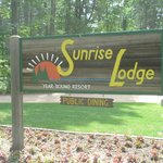Welcome to Sunrise Lodge!