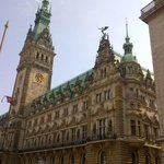 View of Hamburg Rathaus from the side