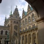 View into interier court behind the Rathaus