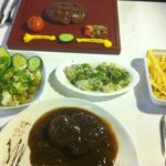 Salads & handcut fries with steak in pepper sauce
