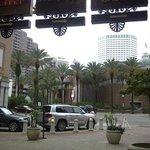 Harrahs Hotel New Orleans - Valet area