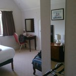 Room 108 / Manor