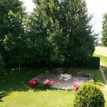 La Bozza front yard