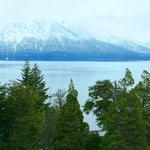 Invierno en Bariloche desde el parque del Hotel