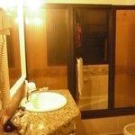 Baño, ventilado y con hidromasaje