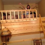 bunk bed in Treefort Apartment