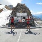 Au sommet du col du Galibier. Les vélos étaient parfaits pour ce genre de défi