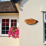 Check-in at Oak Tree Cottage