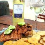 Unos de los platos favoritos Pescado Doña Ana