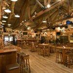 Granzella's Restaurant, Deli and Lounge