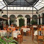 Photo de Plaza Magnolias Hotel