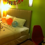 The room after birthday deco