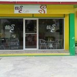 Best spot for breakfast in the gap ,not only is the staff friendly the price is reasonable to