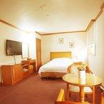 โรงแรมซุนชอนรอยัลทัวร์ริสท์