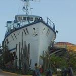 Dutch's Ship at entrance
