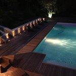 le soir autour de la piscine.....