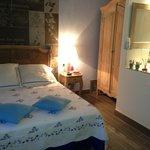 la chambre bleue avec salon...