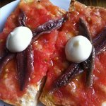 Pan con Tomate -Toasted bread with *really fresh* tomato, garlic , olive oil, anchovies -great c