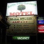 Foto di Bottle Tree Gardens Motel