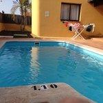 villa 5 pool