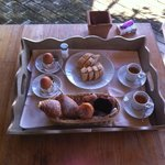 Zimmer-Frühstück nach Petra Segreta
