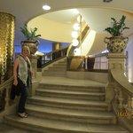 Escadaria que dá acesso ao restaurante (opcional)