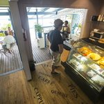 Boatyard Cafe. Photo © Tor Johnson
