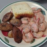 Jerk shrimp, fried plantains and island mac & cheese