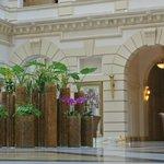 Blumendeko in der Lobby