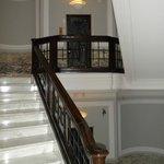 Scale nell'antico palazzo che ospita l'hotel
