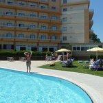 het zwembad van het hotel