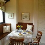 Swallow Cottage Dining Area