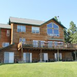 Inn facing Flathead Lake, rooms on ground floor