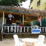 Le bar on the beach