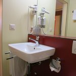 Hotel Pickwick: Ensuite Bathroom