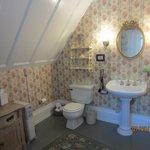 Garden room personal bathroom