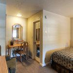 Econo Lodge Belle Aire Hotel Foto
